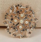 Buttons & bows Chair Back Brooch Rose Gold (8.5cm Dia)