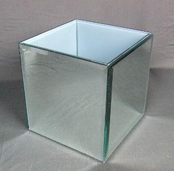 18 x 18 x 18cm Bevelled Square Mirror Vase