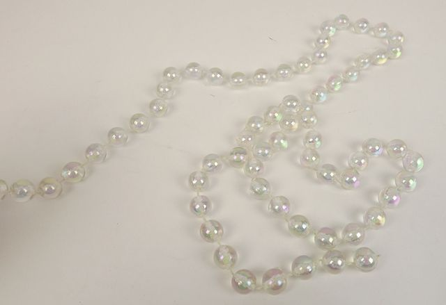 14mm x 3mtr Pearl Bead Chain Iridescent-Clear